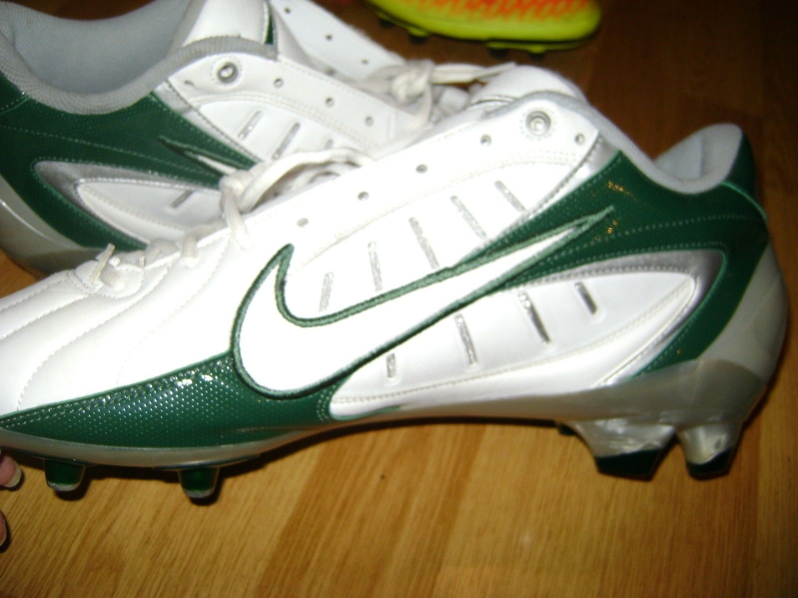 Nike zapatos de marca fútbol super mal verde blanco cómodo marca de de descuento a92b86