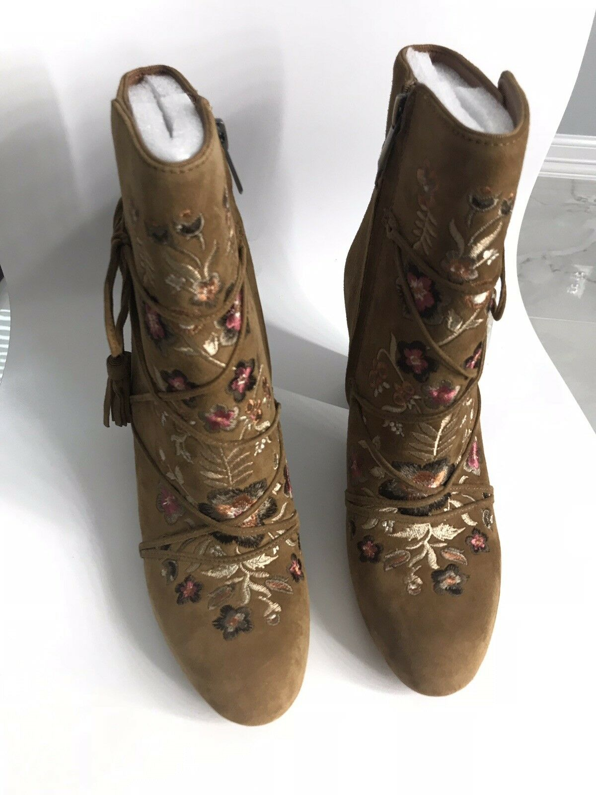 Sam Edelman Winnie Suede Embroidered Ankle Booties Size 8 Whisky