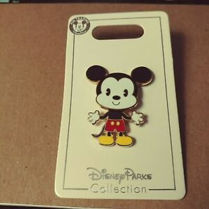 Disney-Parks-Mickey-Mouse-Body-Wiggle-Figure-Trading-Pin-2019-New-On-Card