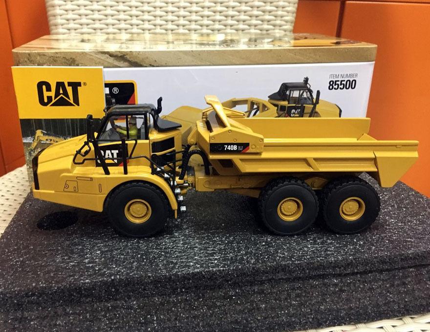 1 50 camión Cat 740B EJ Articulado Eyector por Diecast Masters 85500