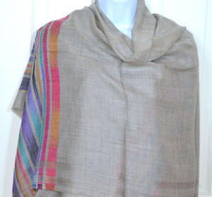Handwoven-Pashmina-Cashmere-Wool-Taupe-Shawl-with-diamond-pattern-from-India