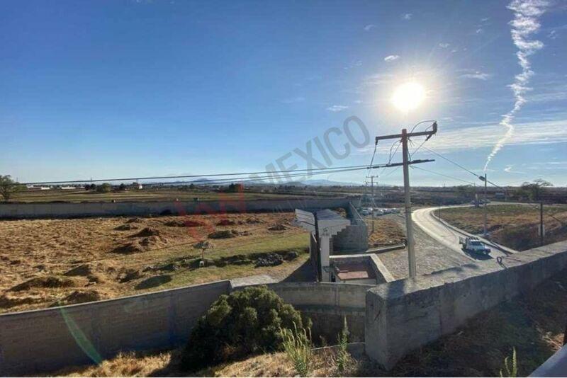Excelente terreno en venta a pie de la Autopista Libramiento Ruta de la Independencia,T...