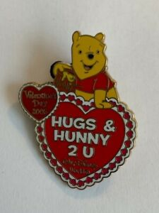 WDW-Sweetheart-Collection-2005-Winnie-The-Pooh-Hugs-amp-Hunny-Disney-Pin-LE-B8