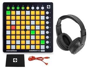 Novation-LAUNCHPAD-MINI-MK2-MKII-USB-MIDI-DJ-Controller-64-Pad-Samson-Headphones