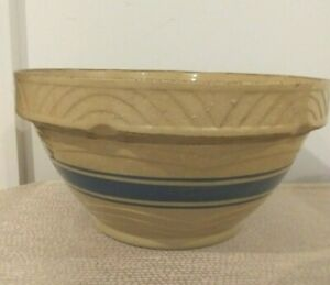 1940-039-s-Yellow-Ware-Stoneware-11-1-4-Mixing-Bowl-Batter-Bowl-BLUE-Band-Stripe