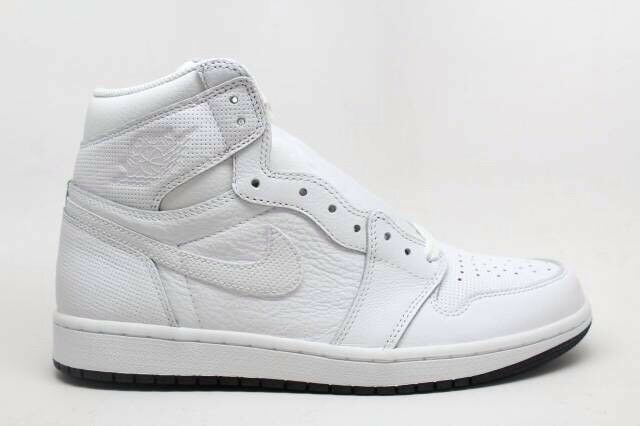 JORDAN 1 RETRO HIGH OG MENS SHOES WHITE/BLACK SIZE 10.5 AND 11 555088 100 The latest discount shoes for men and women