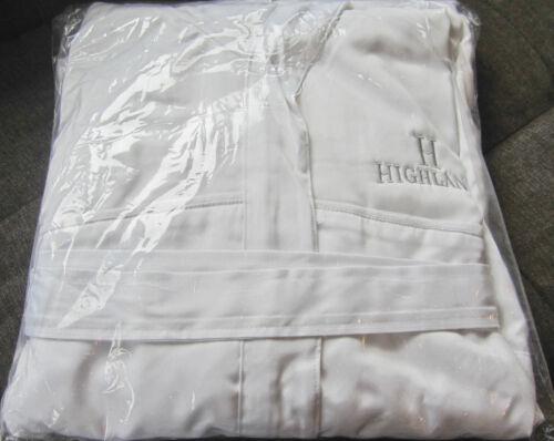 Highland Logo **NEW** FRETTE XL White On White Microfiber Terry Bathrobe w//Hood