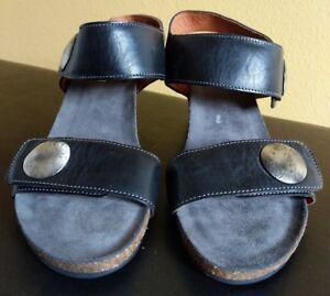 d5596129f Taos Footwear Carousel 2 Wedge Sandals Black Embossed Leather Shoes ...