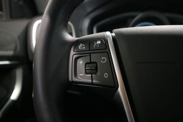 Volvo V40 CC 2,0 D3 150 Kinetic aut. - billede 4