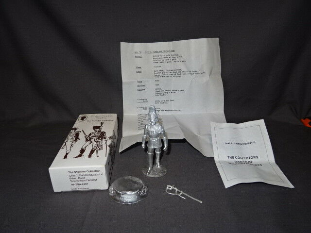 Boxed Stadden Collection Unpainted Soldier - No30 NCO The bluees & Royals