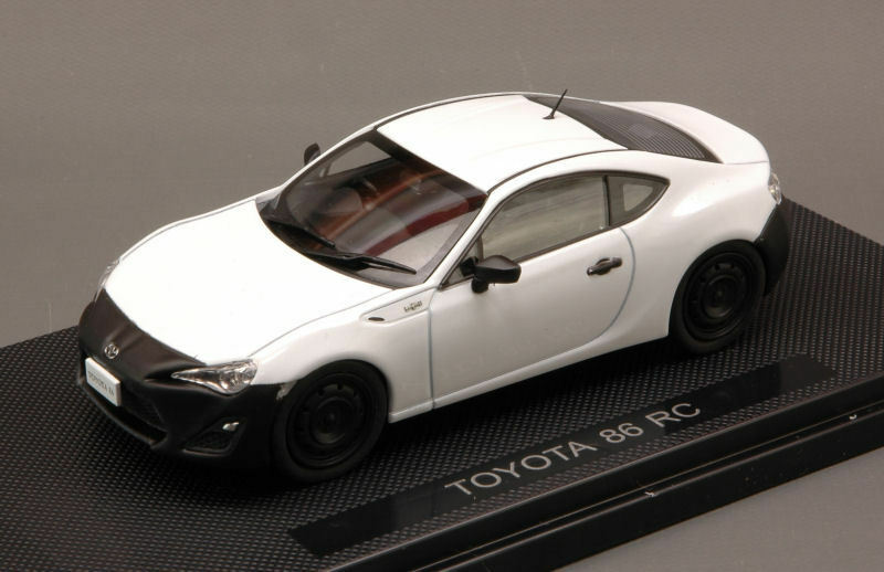 Toyota 86 rc blanc 1 43 MODEL 44885 EBBRO