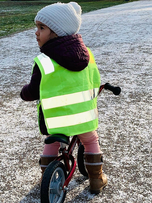 2 Warnweste für Kinder Sicherheitsweste Weste Kindergarten Sport Unfall Schutz