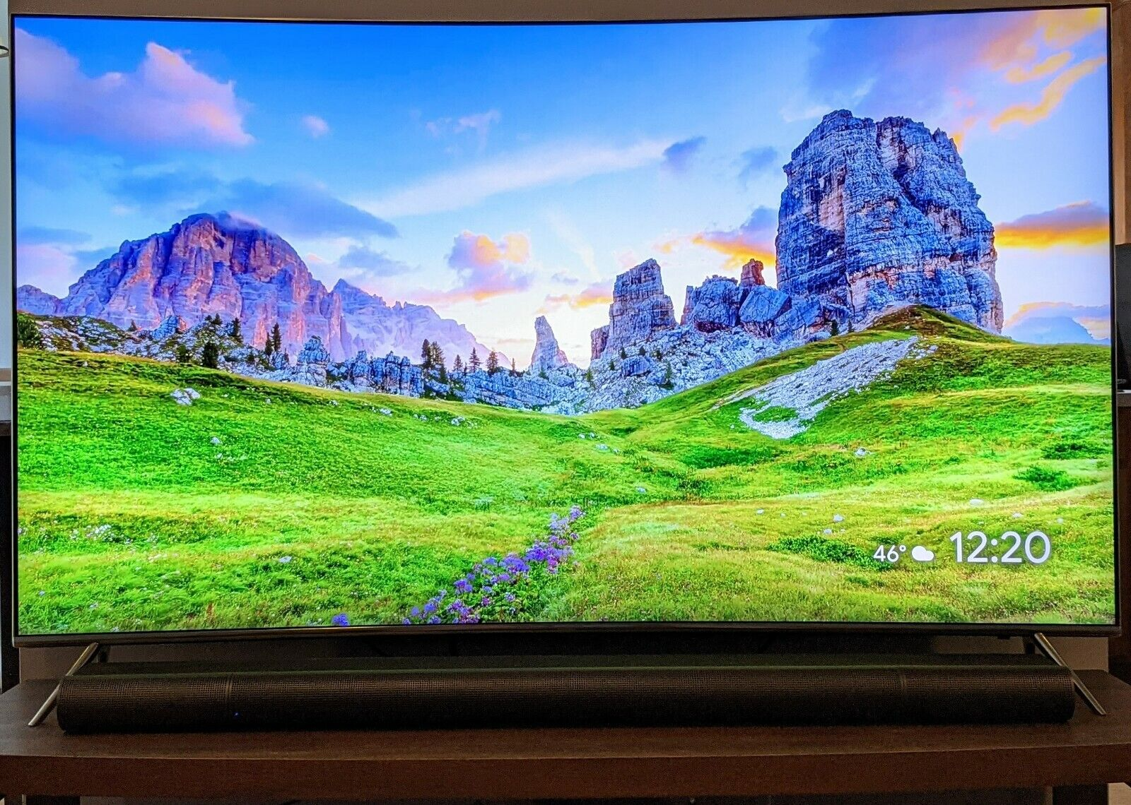 Samsung UN65KS8500 65 4K HDR 2160p SUHD Quantum Dot Curved LED TV. Available Now for 799.99