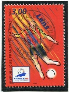 TIMBRE-FRANCE-OBLITERE-N-3010-FRANCE-98-FOOTBALL