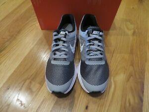 NWT Boys Gray \u0026 White Nike Downshifter