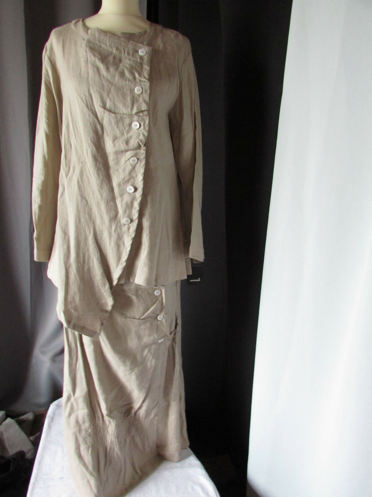 Ensemble jupe lin  animale color mastic size 3 4