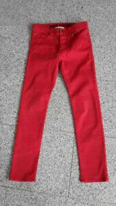rote-H-amp-M-Jungenhose-Jungen-Jeans-Gr-152-plus-Zugabe-schwarze-Jeans-Gr-152