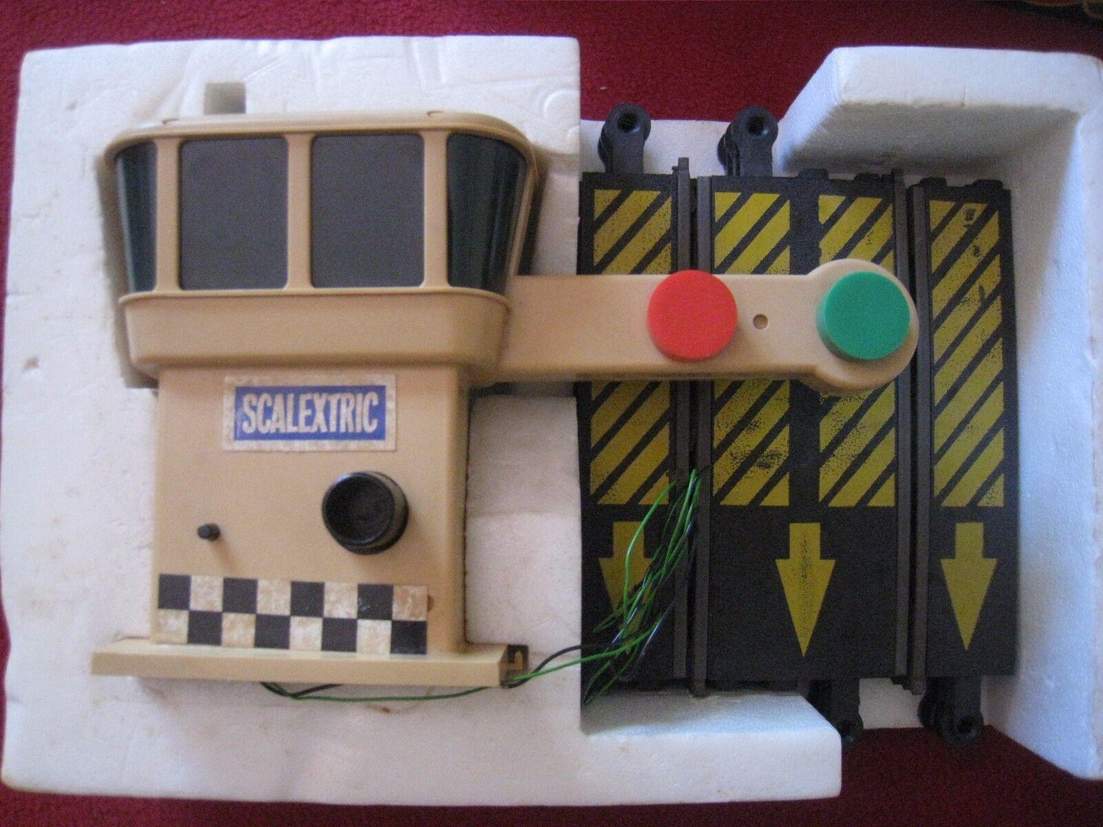 Rara Vintage Scalextric Auto Estrellat C275 AutoEstrellat en Caja