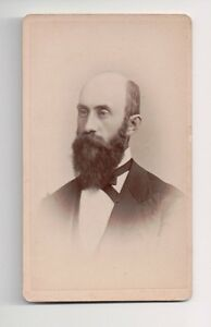 Vintage-CDV-Unknown-Midwest-Gentleman-Photo-by-Chas-L-Walker-Grinnell-Iowa
