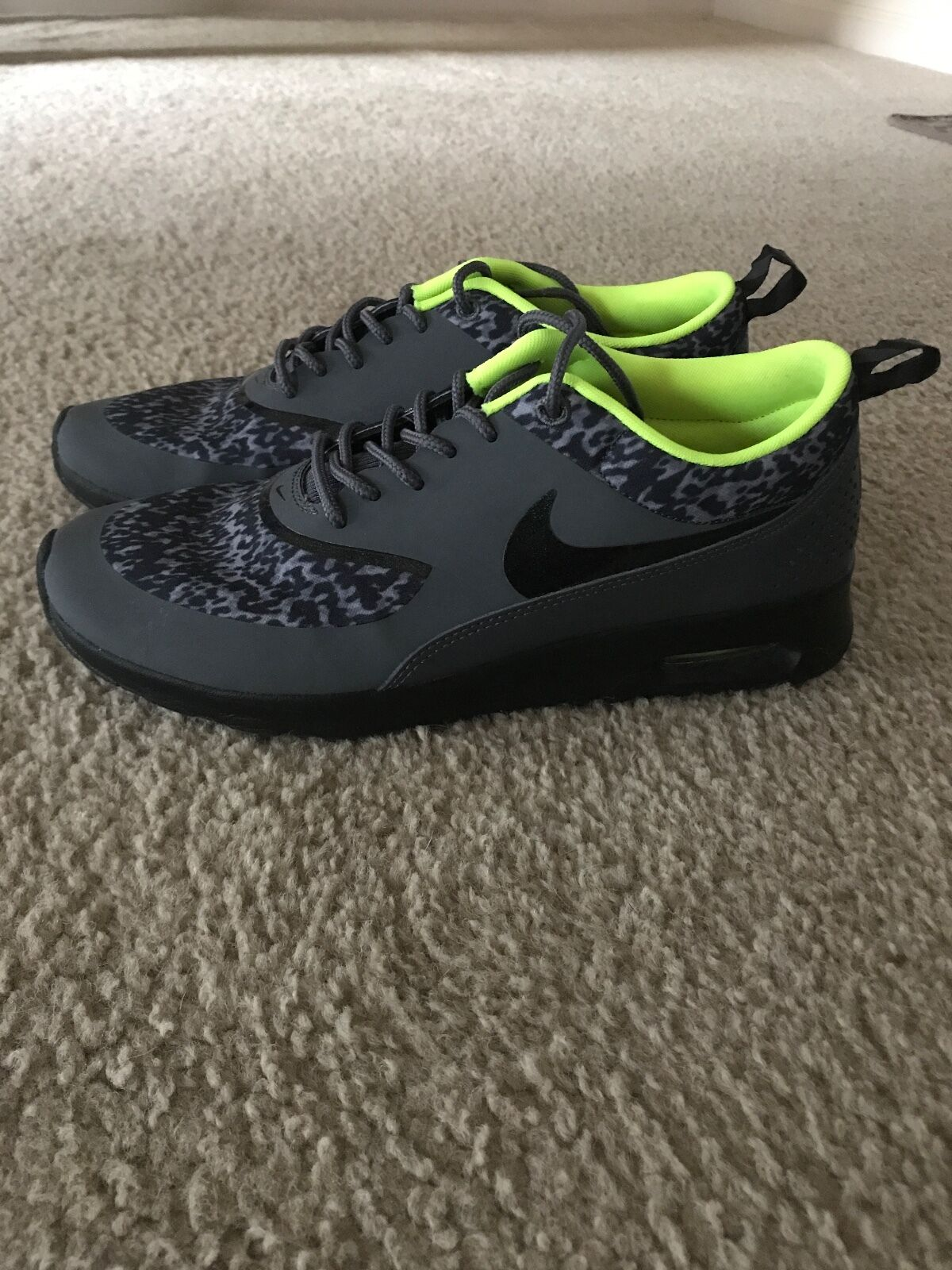 womens athletic running shoe