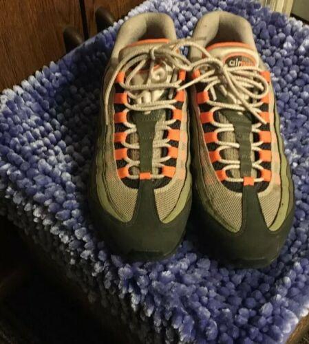 men shoes size 9