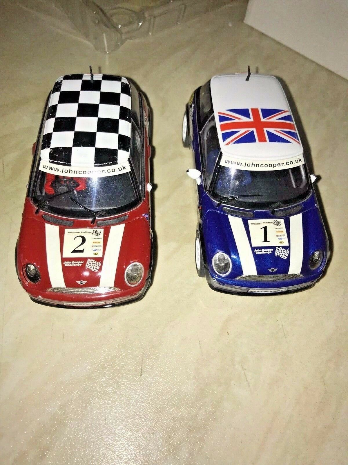SCALEXTRIC MINI MAYHEM - GREAT CONDITION - DOOR MIRRORS BROKE OFF CARS