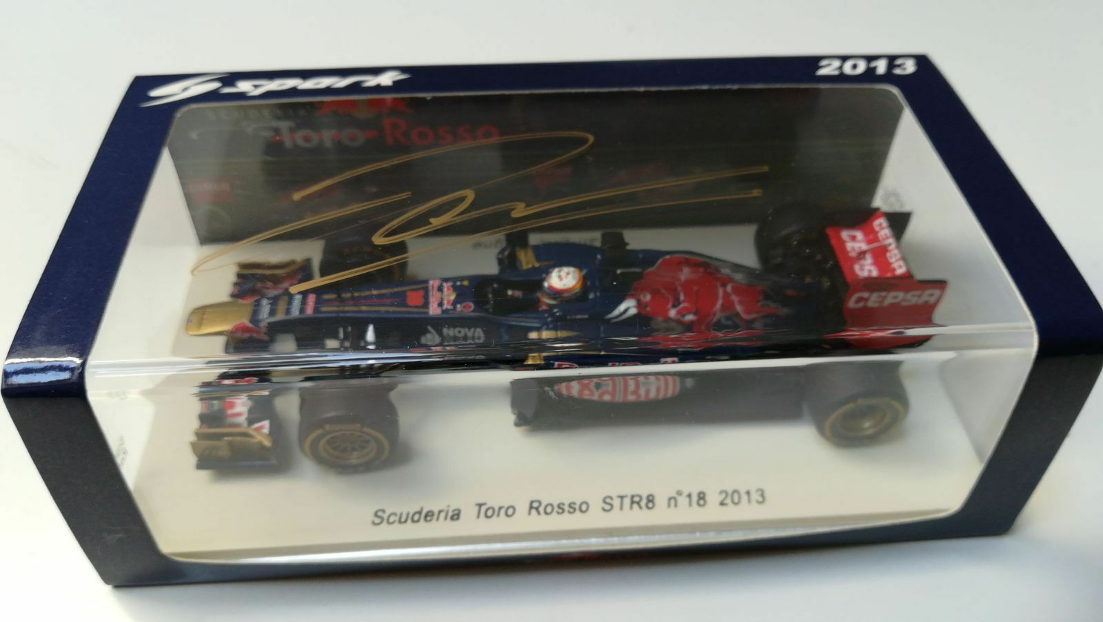 SPARK S3061 1 43 Tor rouge STR8 JEAN ERIC VERGNE 2013 SIGNED AT MONACO F.E 2017