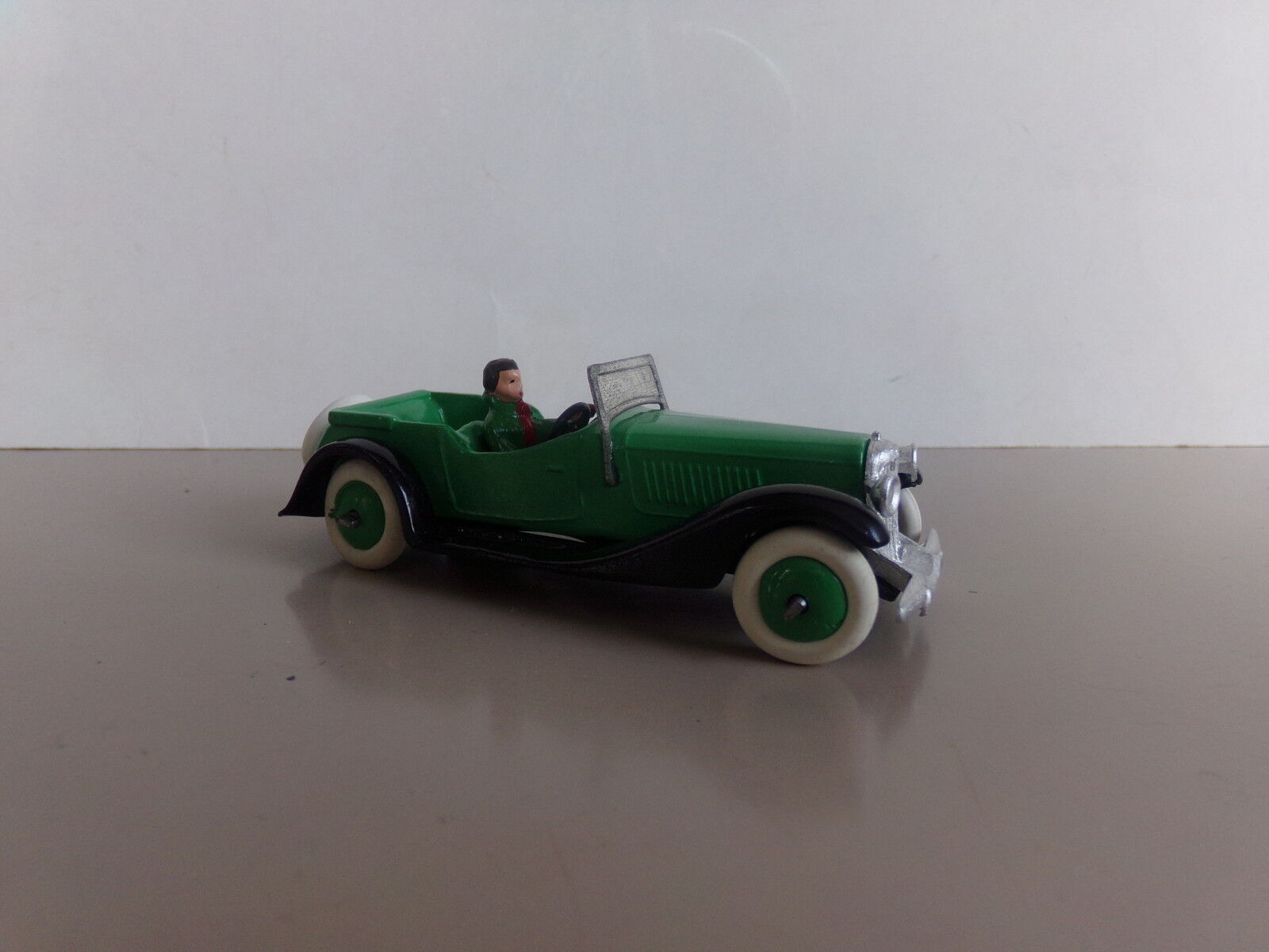 DINKY F, SALMSON 4 SEATER SPORTS CAR, WITH DRIVER . WHITE METAL COPY. MINT.