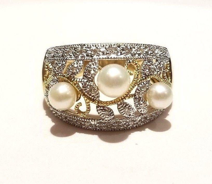 (RI1) 14K Yellow gold Pearl and Diamond Ring Size 8, 6 Grams