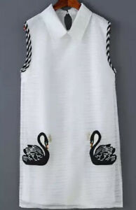 CONTRAST-COLLAR-SWAN-EMBROIDERED-WHITE-DRESS