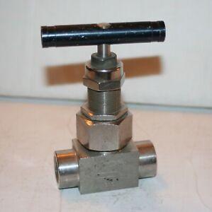 Option : Grafoil Packing SwagelokWhitey SS-3NBF2-G Severe Service Union Bonnet Needle Valve, 2-Way Material : 316 Stainless Maximum Pressure : 6,000 psi Inlet//Outlet : 1//8 Female : NPT