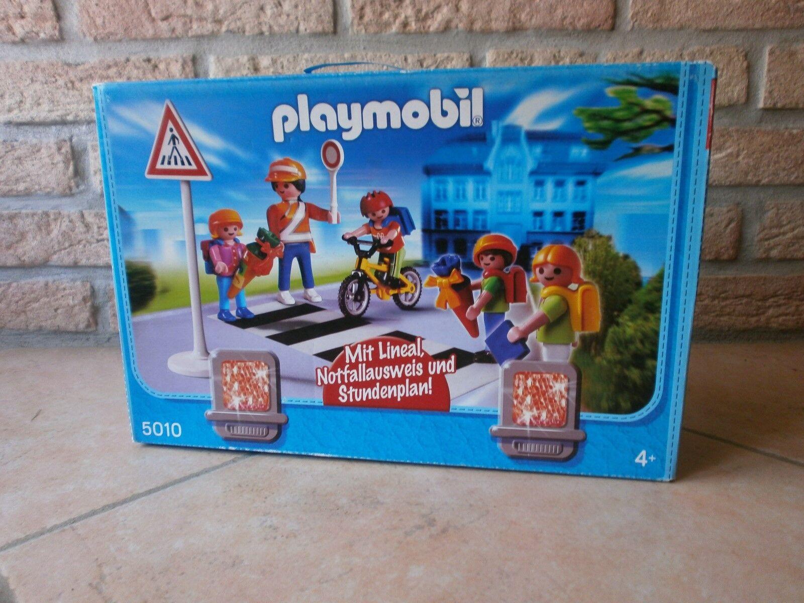 Très rare cette boîte de playmobil  sur le set d'école réf 5010 de 2009 neuf