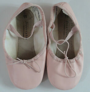 11 Ballet Slippers Pink READ