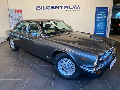 Annonce: Jaguar XJ12 5,3 Sovereign - Pris 129.900 kr.