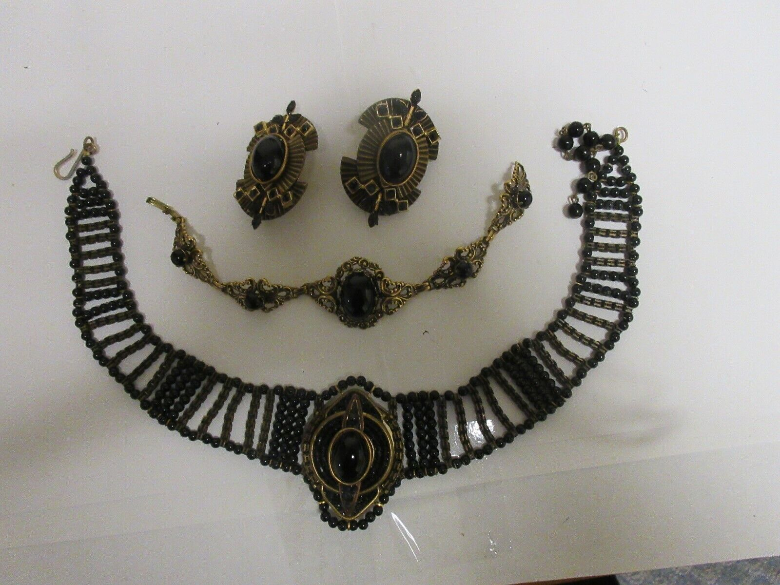 Costume Jewelry ,Vintage , Gold / Black , 3 Piece Lot ,