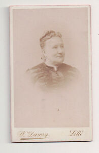 Vintage-CDV-French-matron-Cameo-Brroch-W-Damry-Photo-Lille-France