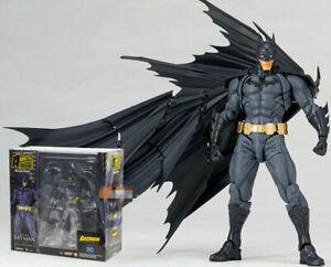 Kaiyodo-Revoltech-No-009-Batman-Amazing-Yamaguchi-Revoltech-Action-Figure-KO-TOY