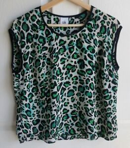 Cabi-Womens-Green-Cheetah-Envy-Animal-Print-Jungle-Top-Shirt-Blouse-Size-Small