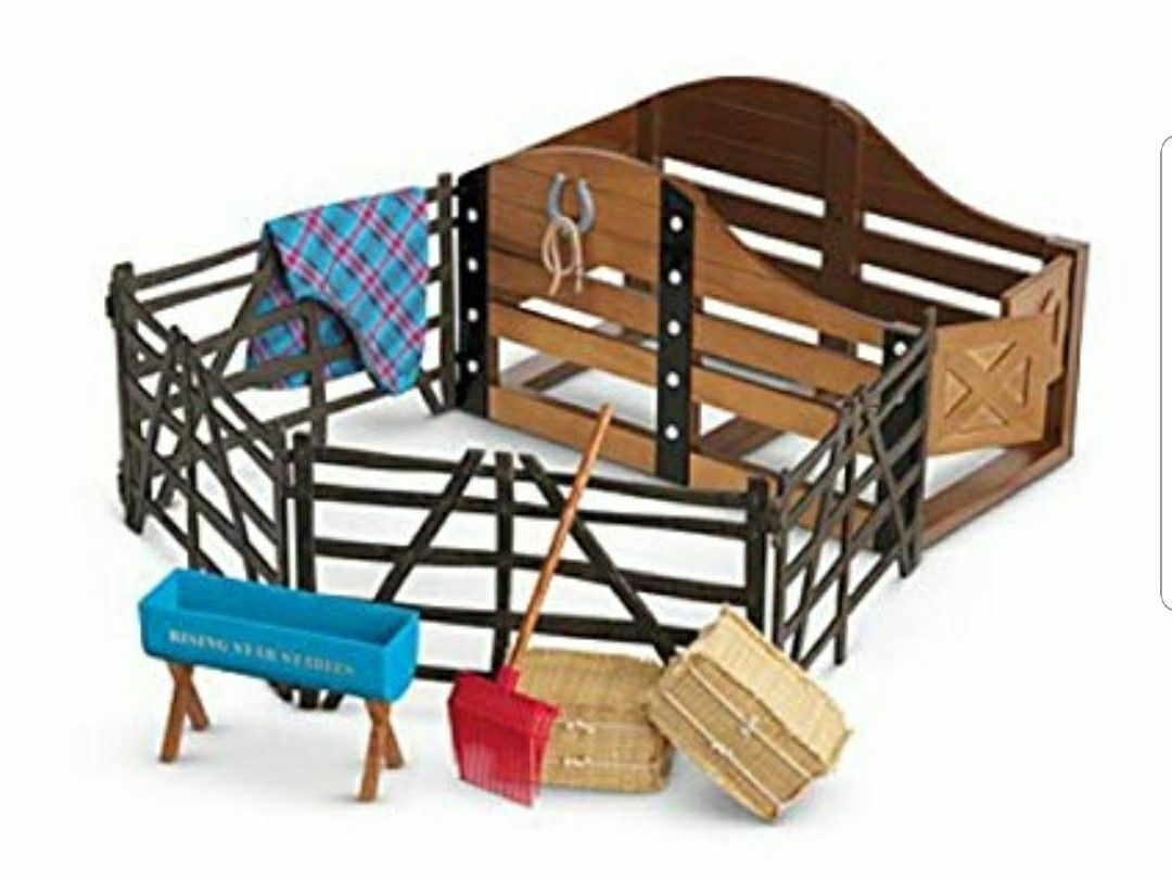 AMERICAN GIRL HORSE STABLE AND SUPPLIES - Retirot