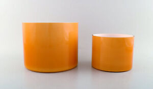 Kastrup-Holmegaard-A-pair-of-large-bowls-in-ocher-yellow-opaline-glass