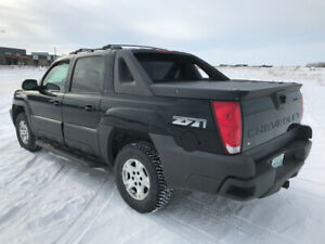 2006 Chevrolet Avalanche Z71 **Must See**