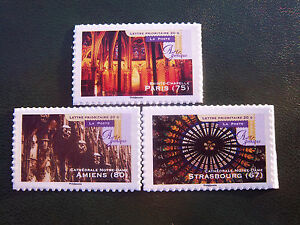 Timbres-de-France-adhesifs-2011-lot-cathedrales-autoadhesifs-558a-559a-562a