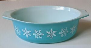 VTG PYREX SNOWFLAKE 043 1.5 QT OVAL CASSEROLE Turquoise Teal Robin Egg Blue VG