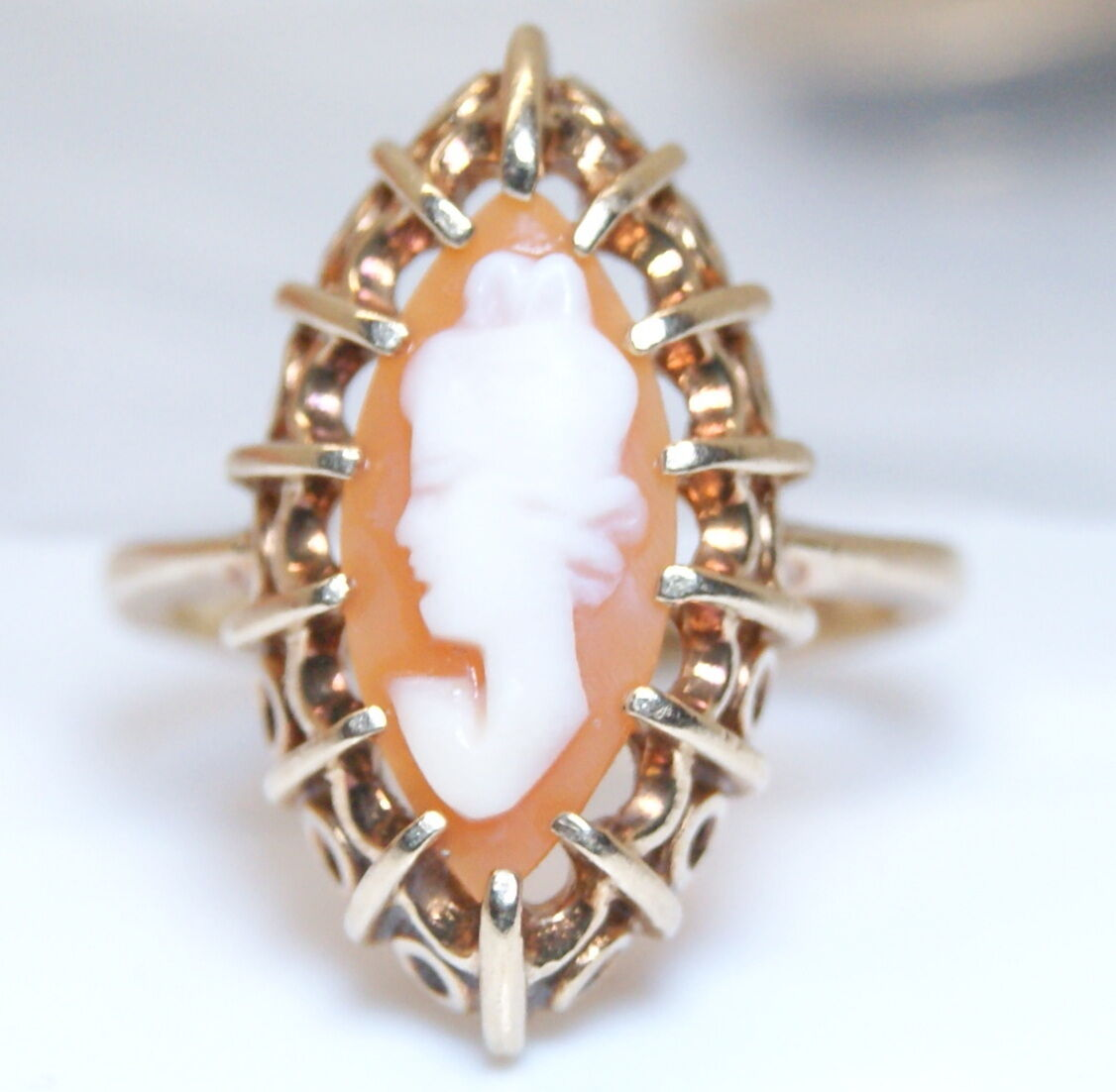 Gorgeous Antique Deco 10K Yellow gold Very Ornate Cameo Ring Size 5 c.1920's