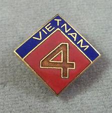 US Marine Corps 4th Marine Division Vietnam Patch Style Unit Crest / Clutchback