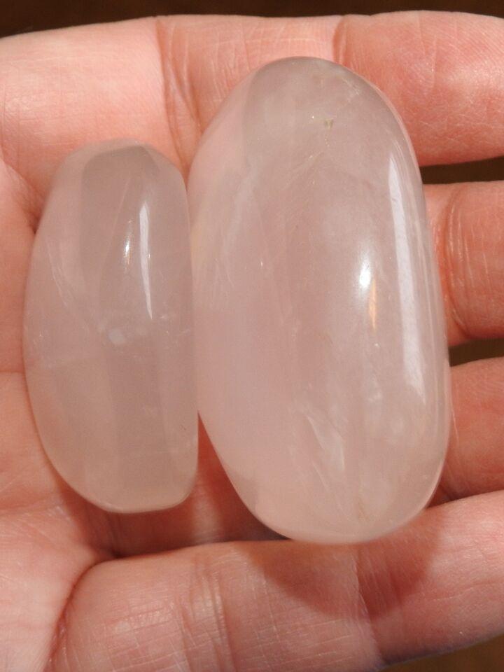 Smykker og sten, 2 lyse rosakvarts