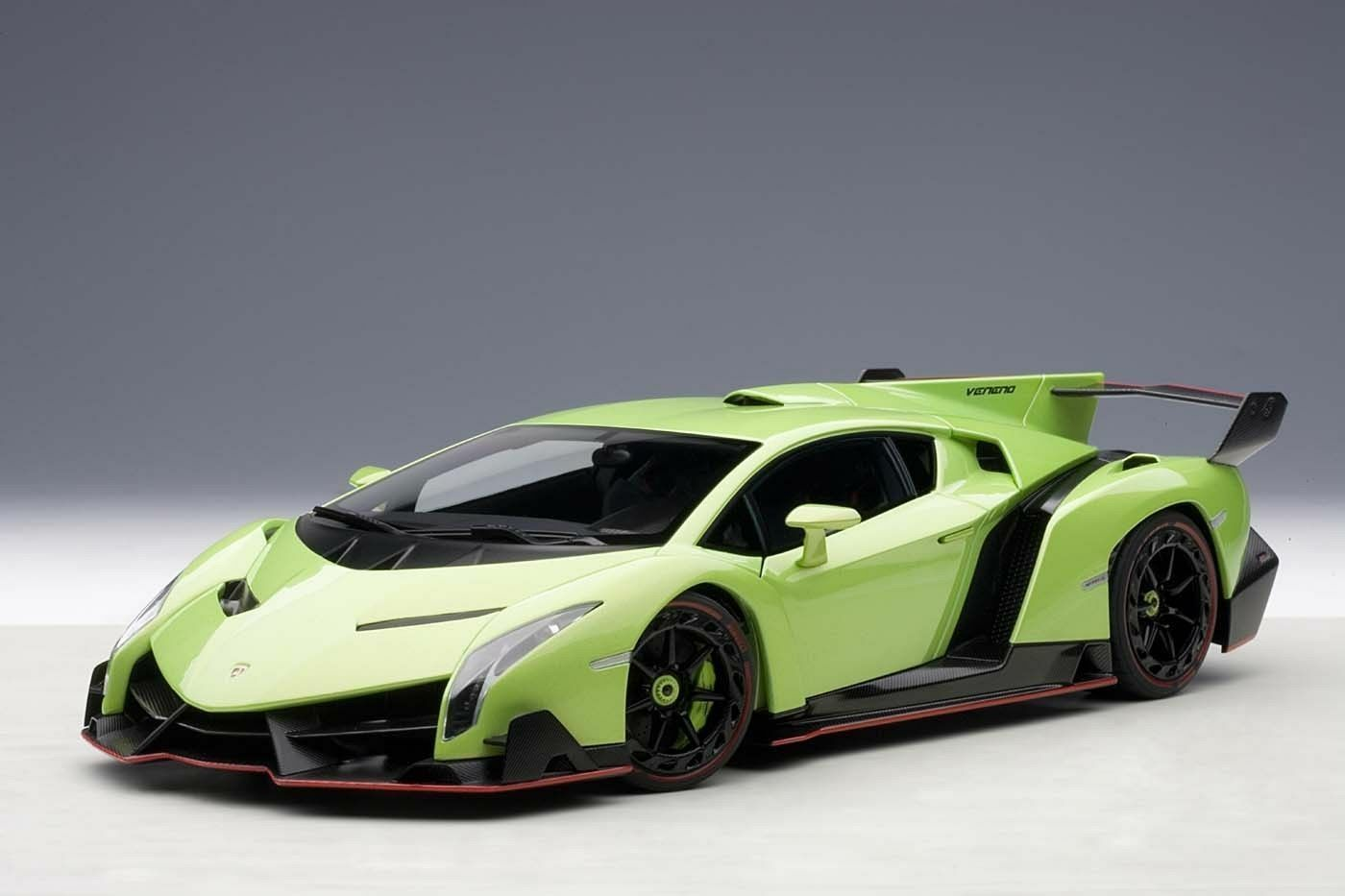 1/18 Autoart Lamborghini Veneno Geneva Visualizza Auto 2013 Verde + 1/18 Vetrina
