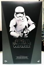 Hot Toys Star Wars VII The Force Awakens First Order Stormtrooper 1/6 Figure NEW
