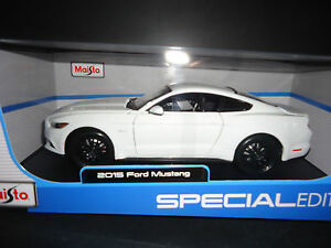 image is loading maisto ford mustang gt 2015 white 1 18 - Ford Mustang Gt 2015 White
