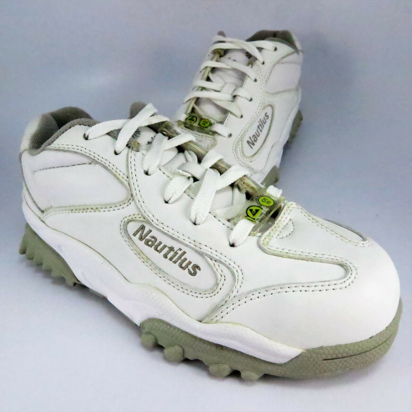 Nautilus N1351 Steel Toe SD Safety Work shoes Womens Size 5.5M White Leather